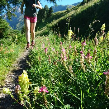 Shoe review: Barefoot on the trail